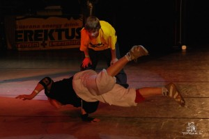 2008-05-25 Break dance 1271